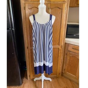 Simply Vera Wang Dress with Pockets Size XL